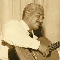 O violão praieiro e três sambas buliçosos: novidades de Caymmi há 80 anos